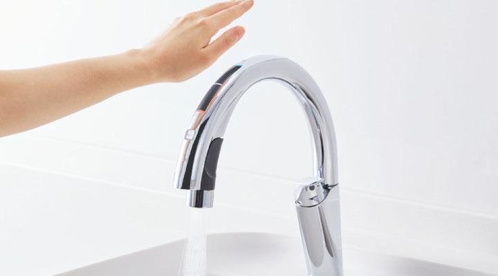 タッチレス水栓で快適キッチン